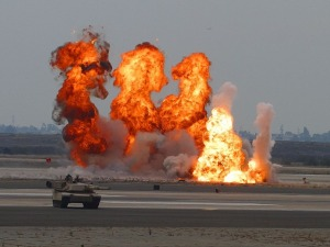explosions-3591_640 (1)